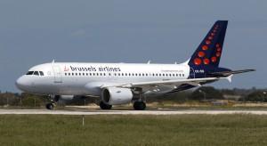 Trzy czwarte lotów odwołane przez strajk pilotów