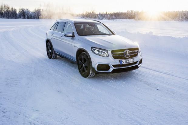Mercedes-Benz będzie wypożyczał klientom flotowym samochody wodorowe