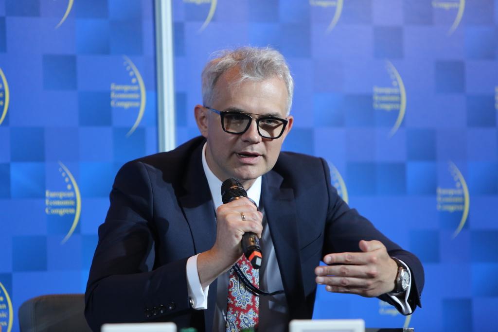 Mateusz Bonca, p.o. prezesa zarządu, wiceprezes ds. ekonomiczno-finansowych Grupy Lotos