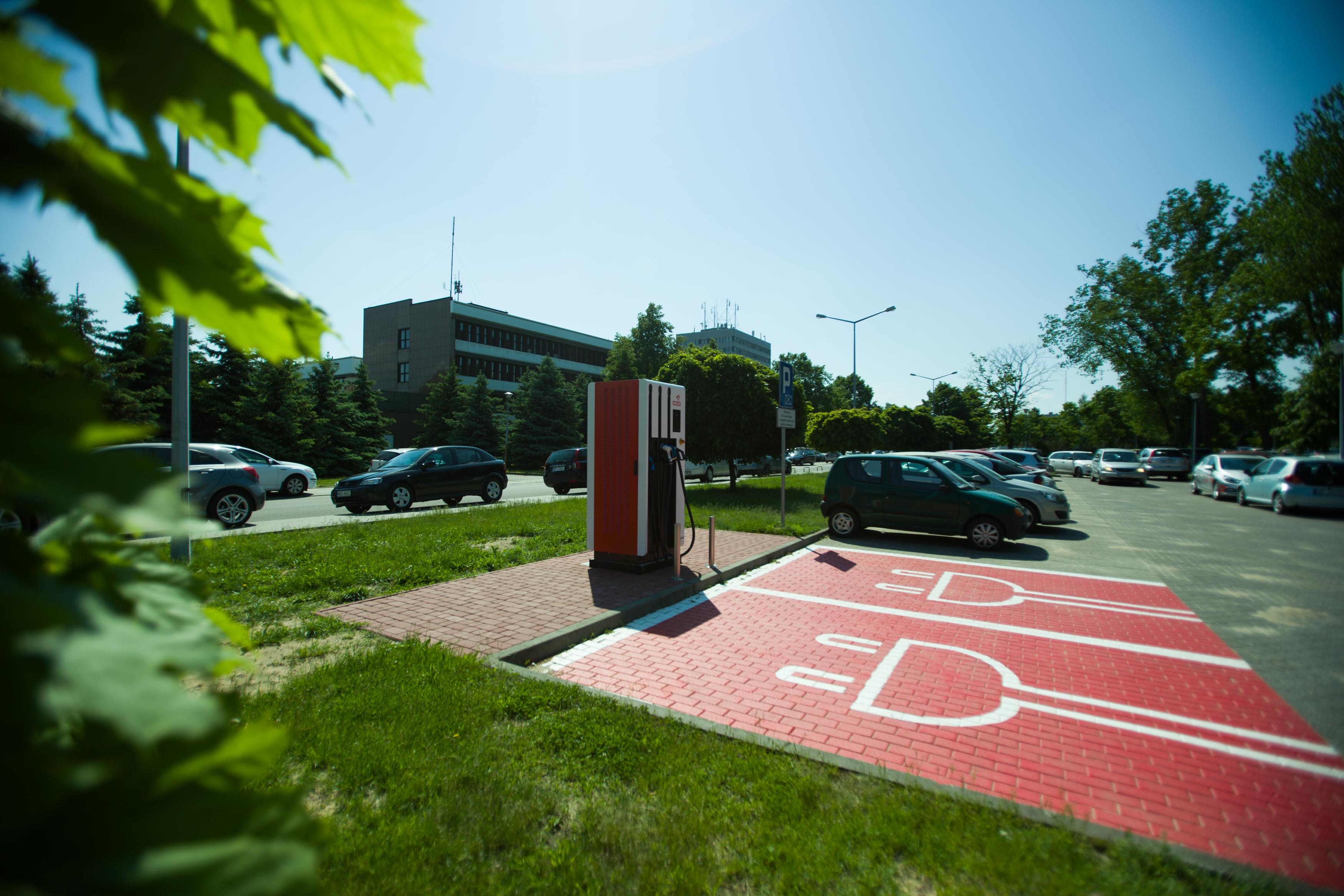 Orlen wybudował już stację ładowania w Płocku (fot. mat. pras.)