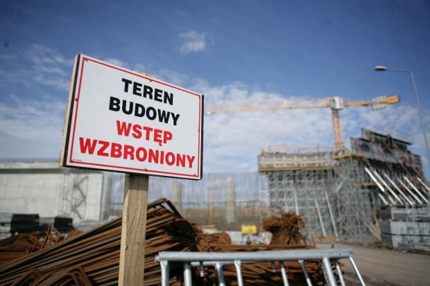 Dystrybutorzy stali zaniepokojeni upadłościami w budownictwie