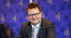 """Ważą się losy nowego szerokiego toru w Polsce. Minister otwarcie: """"Ta firma jest naszym dobrem narodowym"""""""
