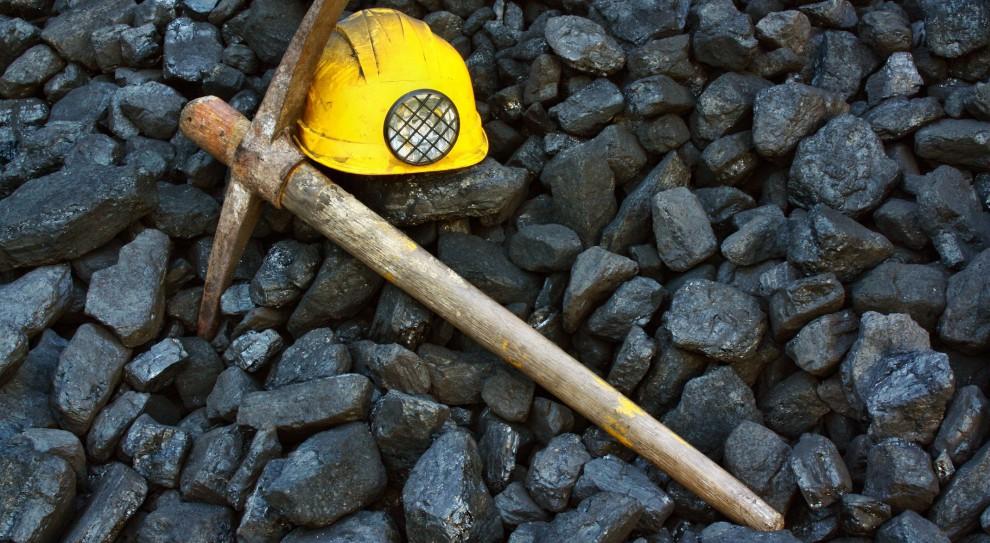 Szef WUG podkreślił, że obecne przepisy bywają nieczytelne. Wskazał, że kilka lat temu na nadzór górniczy nałożono naliczanie opłat za nielegalną eksploatację, jednak praktyka pokazała niespójność. (fot. Shutterstock)