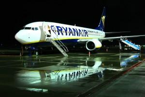 Zapłacimy za bagaż podręczny w samolotach taniej linii?