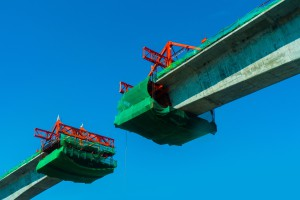 Produkcja przemysłowa i budowlana przerosła oczekiwania