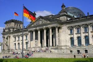 Na przekór polityce biznes kwitnie. Nie możemy żyć bez Niemiec?