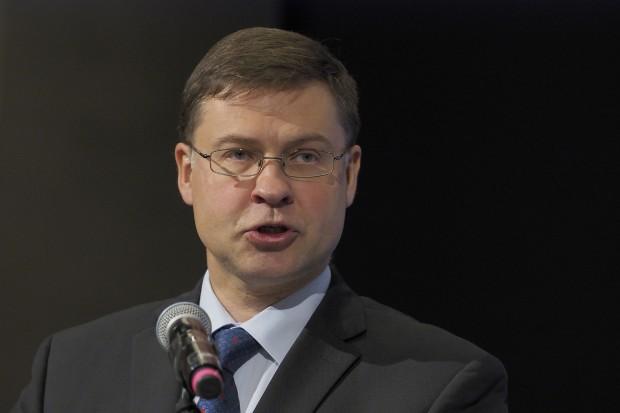 Valdis Dombrovskis przestrzega Włochy przed deficytem budżetowym
