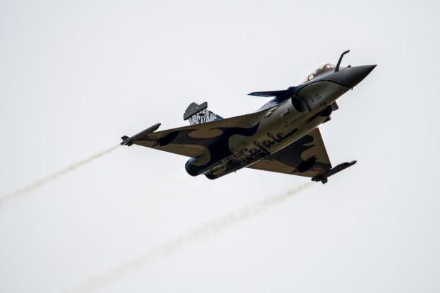 Większe przychody globalne przemysłu obronnego i lotniczego