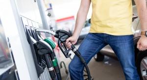 Choć cena ropy spada, to kierowcy nie mają powodów do radości