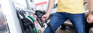 Stacje benzynowe zarabiają na zakazie handlu