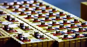 """Baterie na elektrolit stały """"Świętym Graalem"""" elektromobilności"""