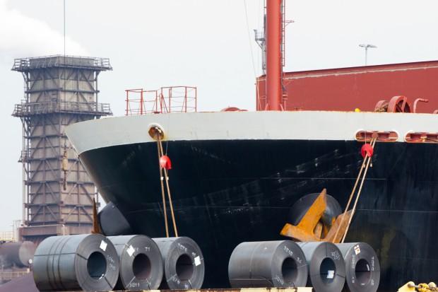 Unijna obrona rynku winduje ceny stali
