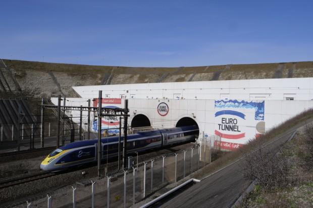 Eurotunel zmniejszył wydatki na chłodzenie o jedną trzecią
