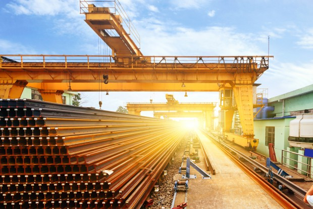 Malmstroem: UE rozważa wprowadzenie środków ograniczających import stali