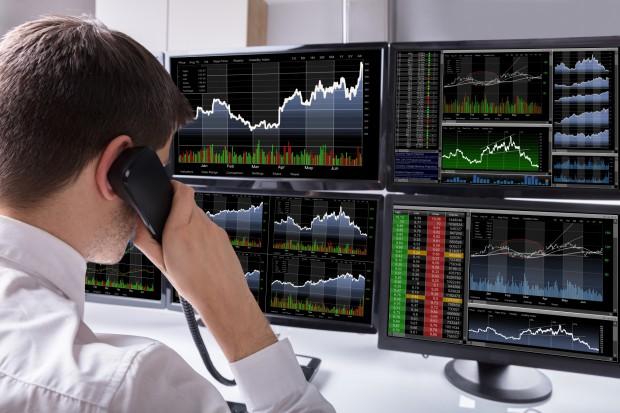 Raport: resort energii i grupy energetyczne oderwane od rynkowych realiów