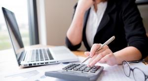 Polscy przedsiębiorcy wciąż boją się finansów w internecie