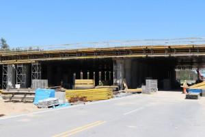 Betonowe płyty na dwóch wiaduktach budowanej A1 do rozbiórki
