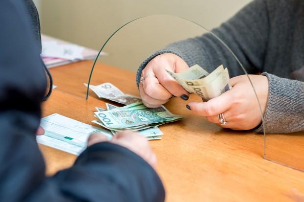 Nie ma kolejek do zakładania darmowych kont bankowych