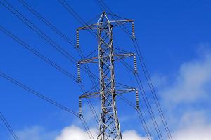 Importujemy coraz więcej i coraz droższego prądu