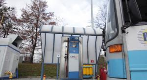 Polacy złożą się na dopłaty do autobusów na gaz