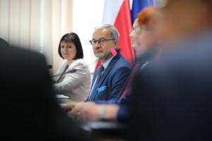 Burza wokół słów ministra o zagrożonych unijnych pieniądzach