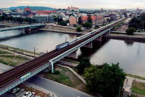 Pociągi szybciej przejadą przez Wisłę w Krakowie