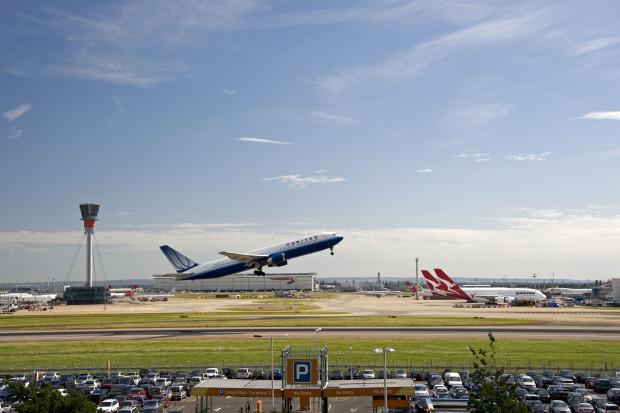 Policja wszczęła śledztwo ws. drona latającego nad Heathrow