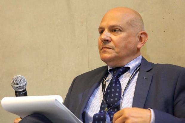 Moderator sesji, Tomasz Prusek, prezes Fundacji Przyjazny Kraj. Fot. PTWP