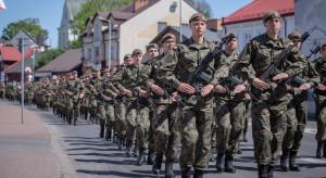 Żołnierz obrony terytorialnej dużo tańszy od zawodowego