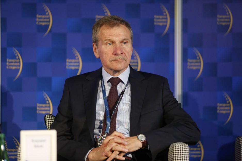 Krzysztof Silicki, zastępca dyrektora NASK ds. ceberbezpieczeństwa, podsekretarz stanu w Ministerstwie Cyfryzacji w latach 2017-2018
