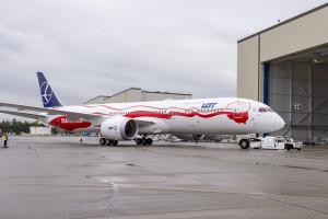 RPO pyta o prawa pasażerów odwołanego lotu do Toronto