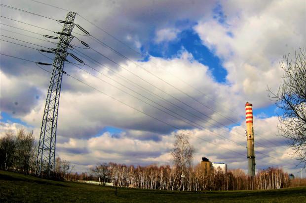 Opodatkowanie gruntów pod słupami energetycznymi. Ustawa zakończy spory?