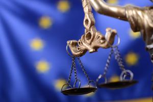Źródło w KE: wiele krajów UE jest za powiązaniem funduszy z praworządnością