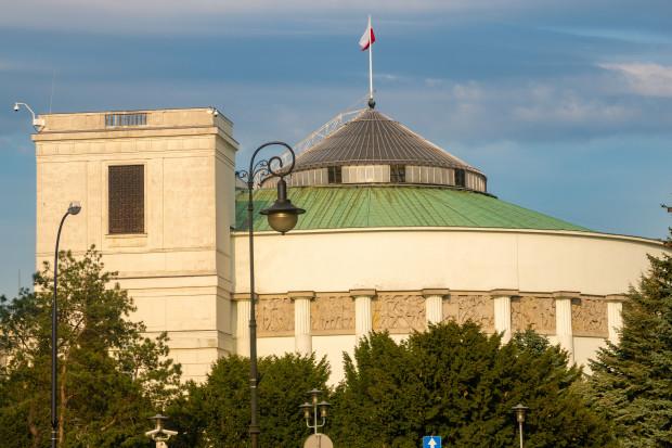 Obawy o promieniowanie sieci 5G zdominowały dyskusję w Sejmie
