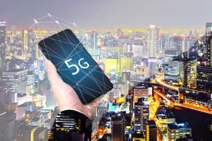 Japończycy wykorzystają sygnalizację drogową do budowy sieci 5G
