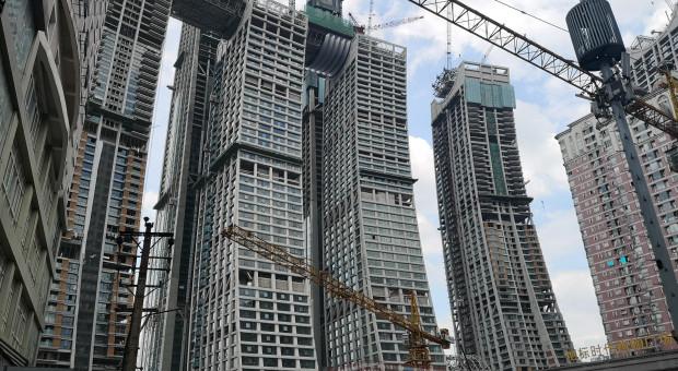 Chiny: mały spadek tempa wzrostu i wielkie problemy na horyzoncie