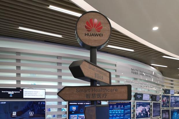 """Huawei stawia na design i AI. Bo """"inaczej się nie da"""""""