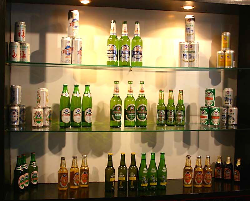 Wystawa w muzeum piwa w Qingdao. Fot. Pratyeka/wikimedia, licencja CC BY-SA 3.0