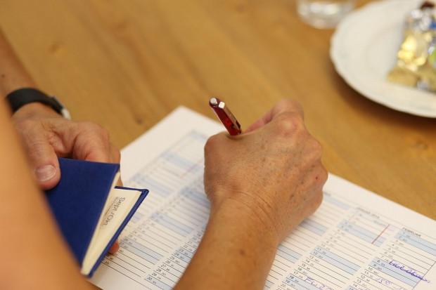 Przedsiębiorcy muszą dłużej czekać na zapłatę od kontrahentów