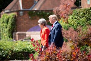 Donald Trump doradził Brytyjczykom pozwanie Unii ws. brexitu