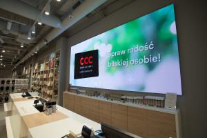 W sklepie prawie jak w kinie. Średnia wielkość ekranu LED 30 m kw