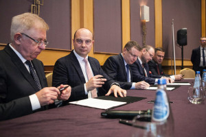 """Oto plan dla Krupińskiego. Wpompują 1,5 mld zł, ma być """"najlepiej na świecie"""""""