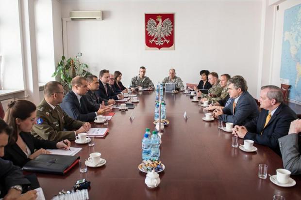 Wiceszef MON spotkał się z asystentem sekretarza obrony USA
