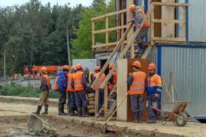 Upadłości w budowlance jednak hamują. Wyraźny wzrost widać gdzie indziej