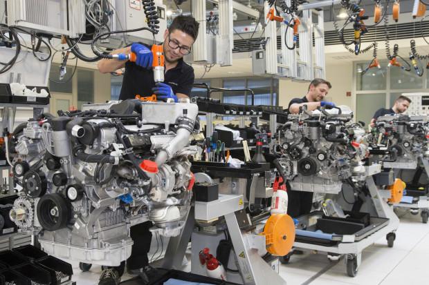 Daimler tnie prognozy