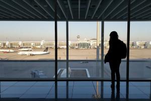 Związkowcy zapowiadają paraliż ruchu lotniczego