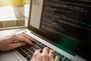 Branża IT chce rządowej ofensywy w sprawie cyberataków