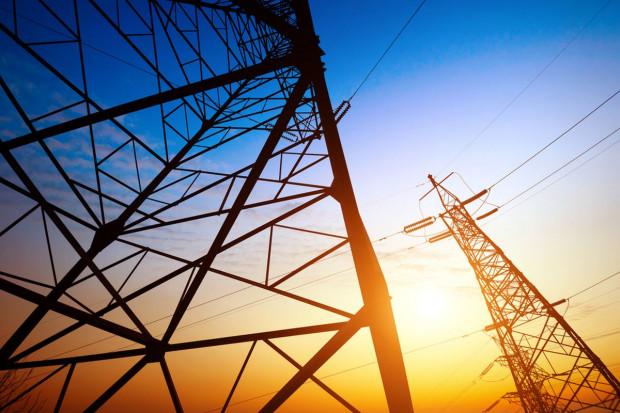 W lipcu giełdowe obroty prądem o ponad 71,1 proc. w górę, gazem o 20,5 proc. w dół