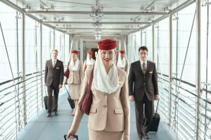 Linie Emirates kuszą nowych pracowników benefitami