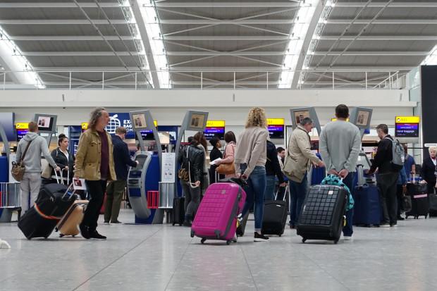 Szef British Airways krytykuje kolejki na Heathrow